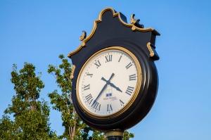 mainstreet clock